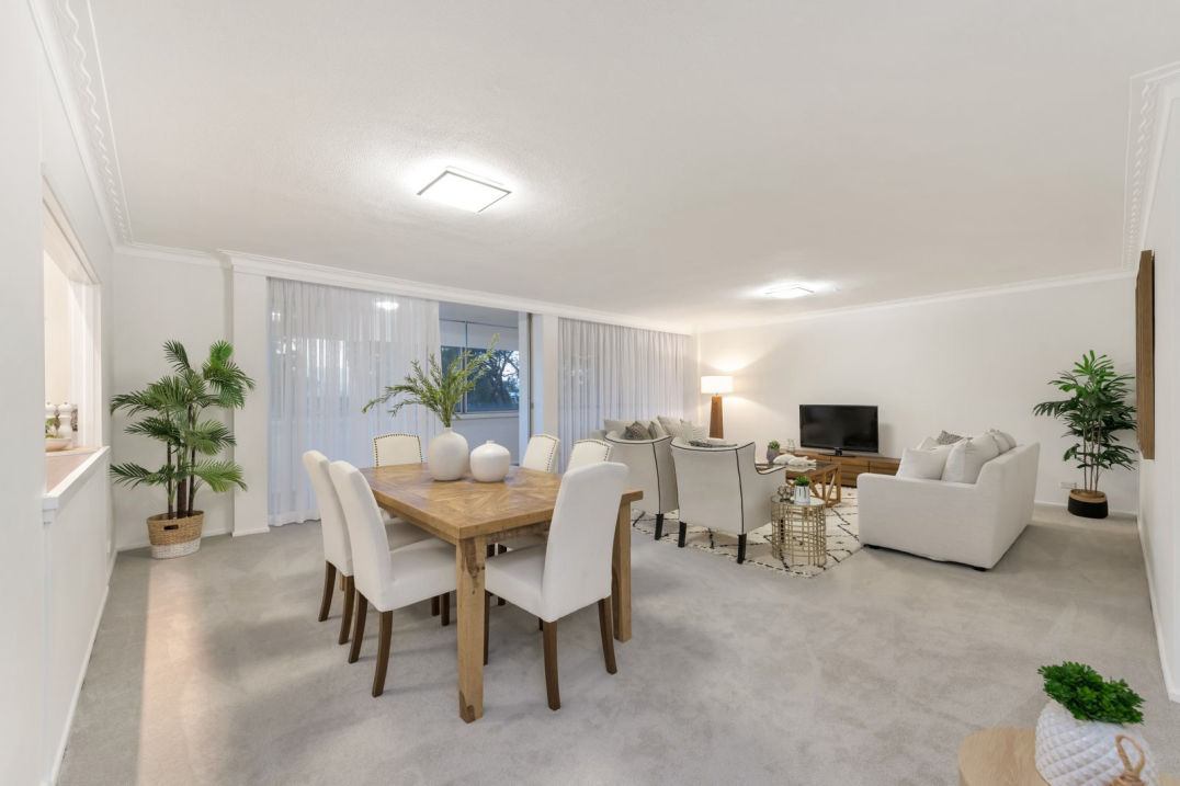 Richard Crist Real Estate Agent 3 Bedroom Indooroopilly Apartmentoo Point for sale